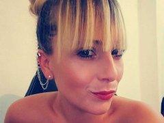 videochaterotico victoria-blonde