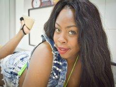 Webcam erótica con Akanke Bcn