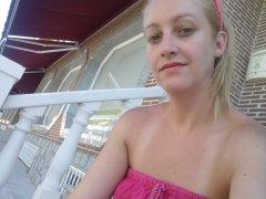 Webcam erótica con Blondlasieactress
