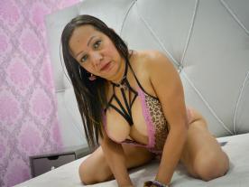 Webcam erótica con Julie Casanova