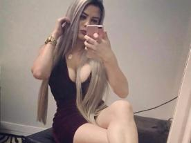 Porno Chat con Julia Teen