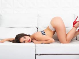 Webcam erótica con Anastasia Brokelyn