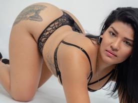 Webcam erótica con Maya Kollins