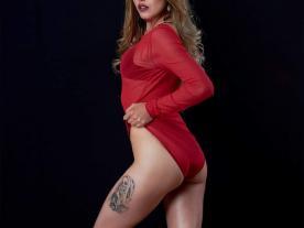 Webcam erótica con Sweety Janne